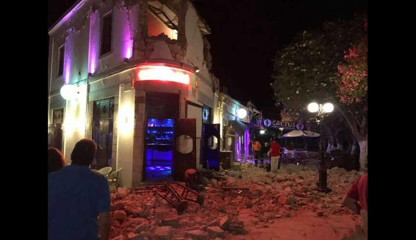 Землетрясение 6,7 балла по шкале Рихтера в Греции и Турции, есть жертвы